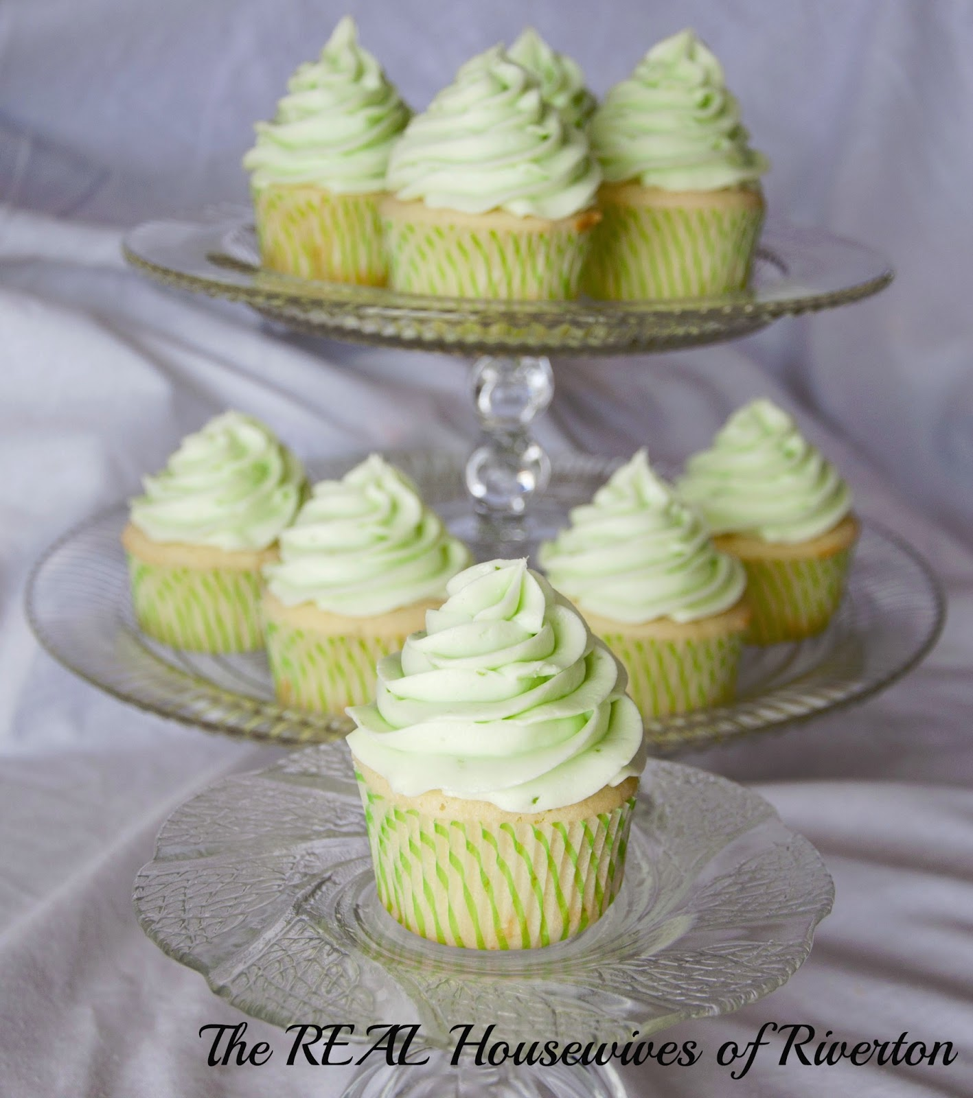 Key Lime Cupcakes - Housewives of Riverton