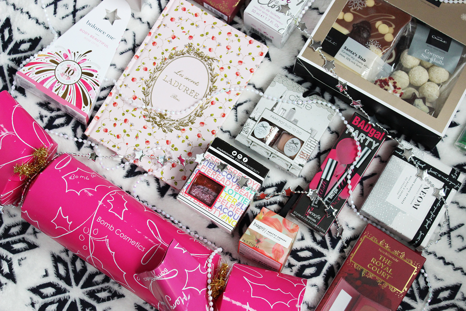 Affordable Christmas beauty gifts for her