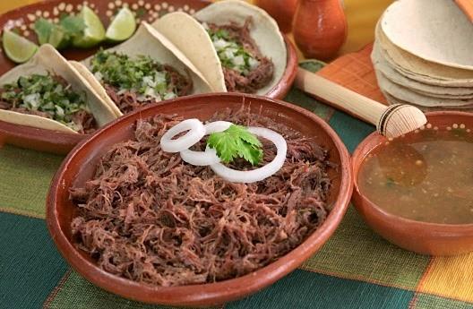 Receta para preparar barbacoa de res sabinas hidalgo nl for Como cocinar carne de chivo