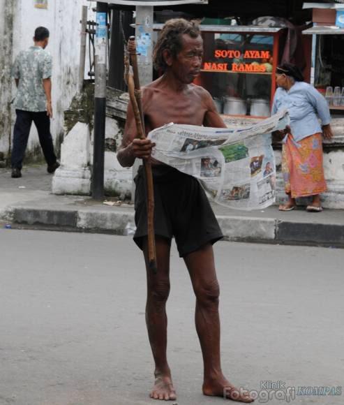 Perbandingan Orang gila di luar negeri dengan orang gila di indonesia ...