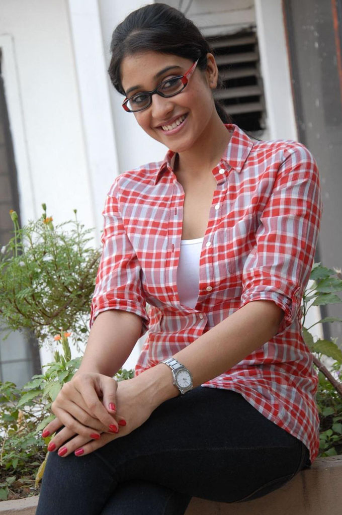 Actress Regina Cute Pictures