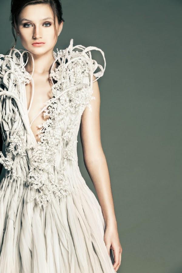 robes haute couture exceptionnelle sculptée blanche de jean louis sabaji mode libanaise