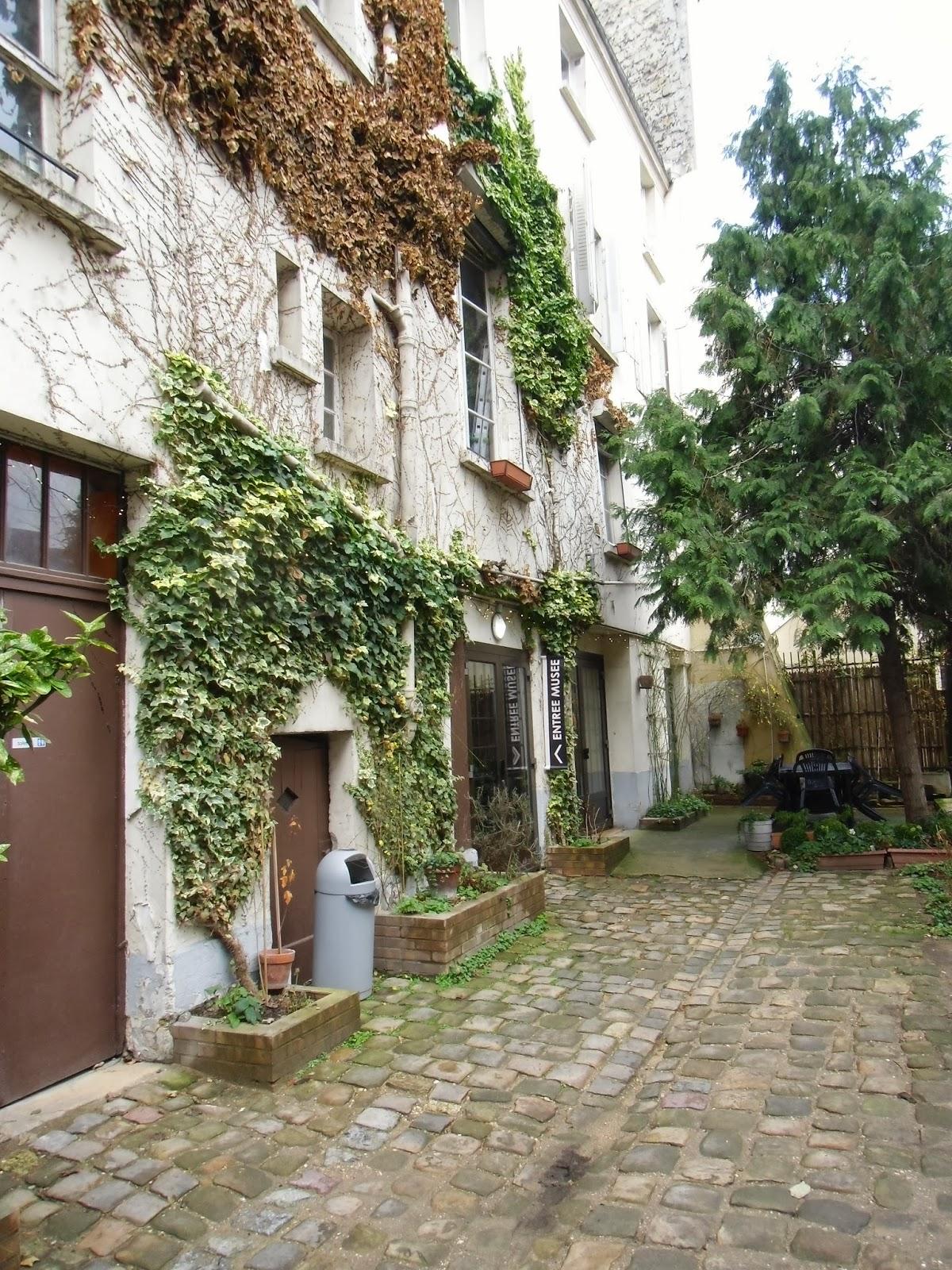 La rte le p re d 39 ulysse jardin anne franck paris iiie - Jardin d ulysse paris ...
