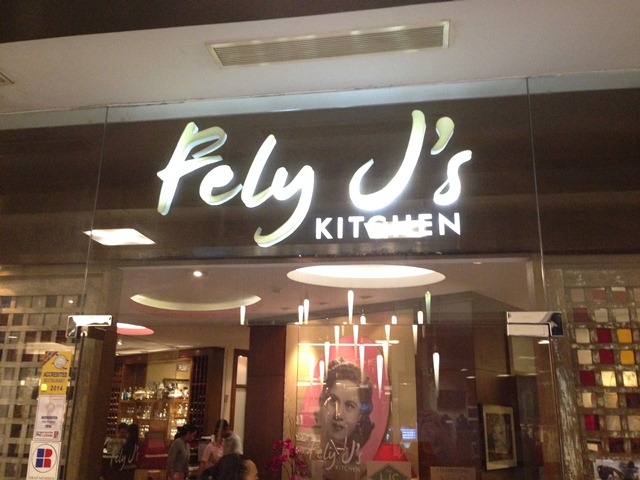 FELY Ju0027S KITCHEN!
