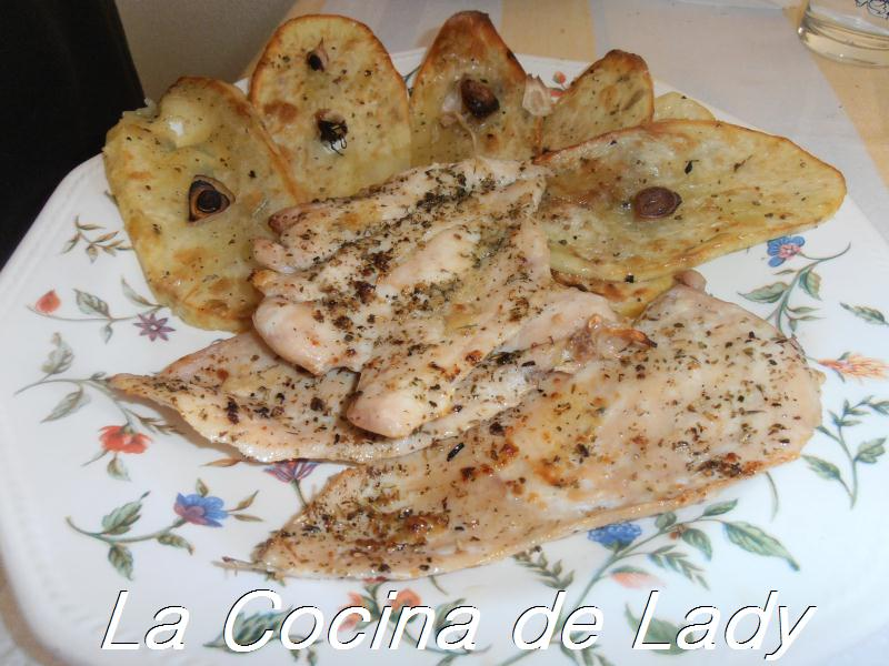 La cocina de lady pechugas a las finas hierbas con - Pechugas de pollo al horno con patatas ...