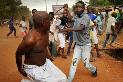 afrika muslim diserang