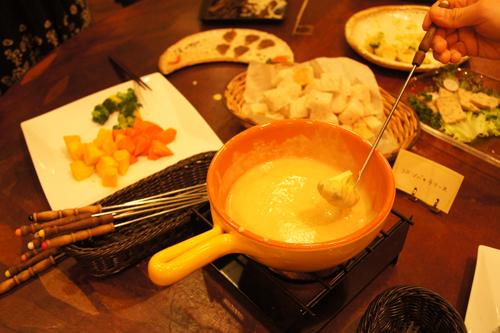 東京つぶストーリー Tokyo Tubu Story: チーズフォンデ...  チーズフォンデュ