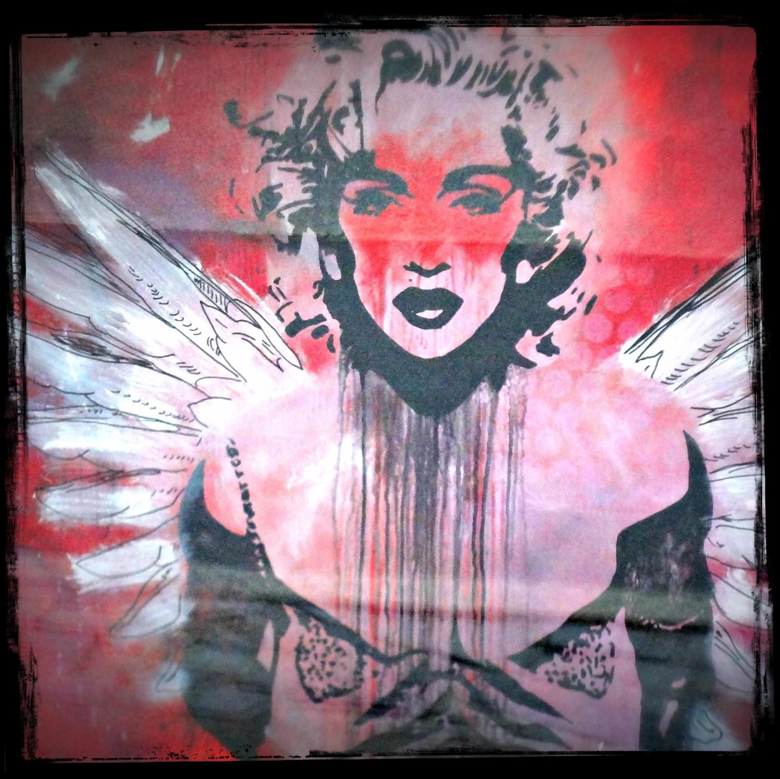http://4.bp.blogspot.com/-hfBGzyX-pBI/T8CsjoBXO8I/AAAAAAAAA9k/VDnxzg_AJRk/s1600/madonna+bomhuset.jpg