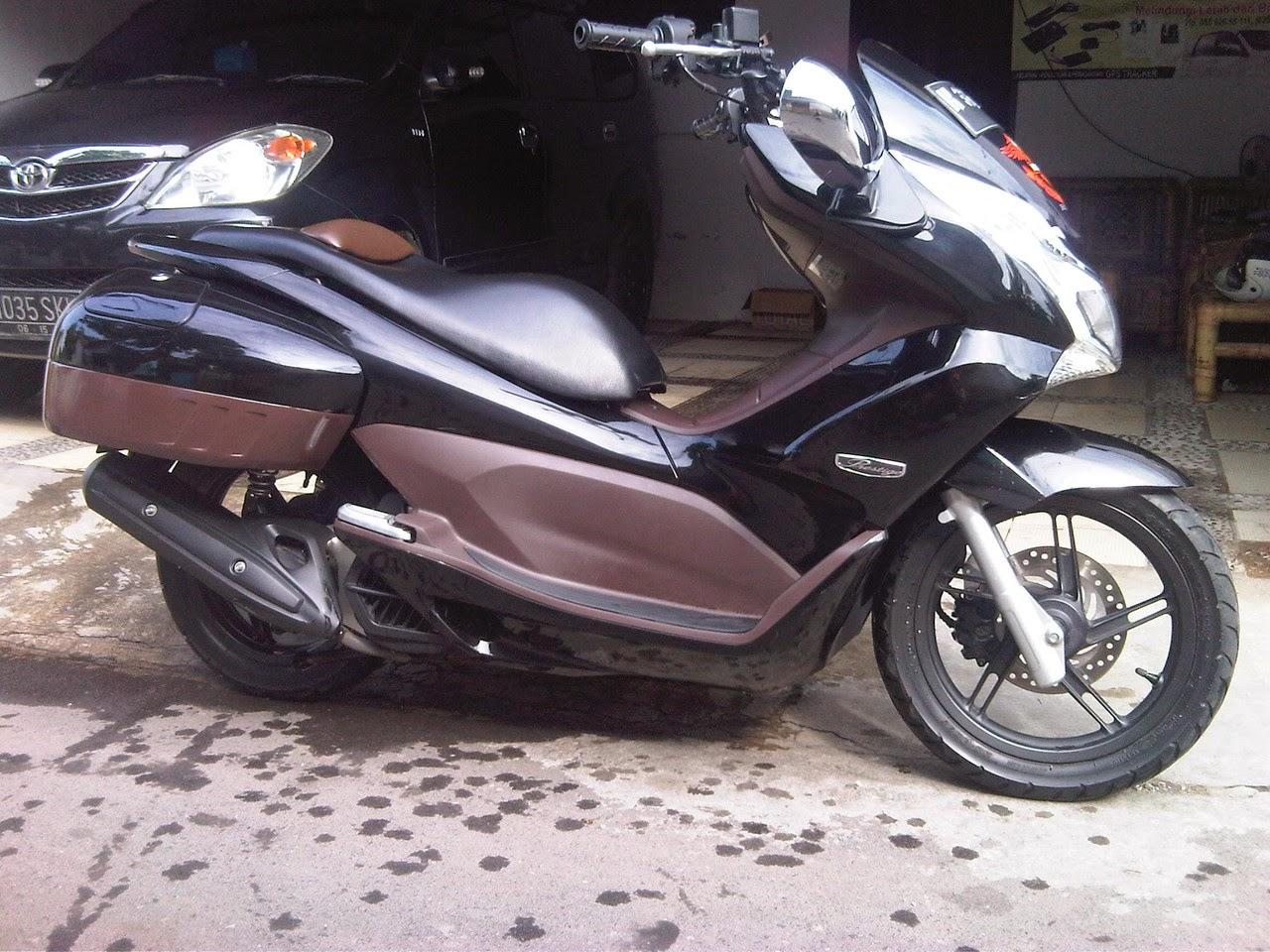 Modifikasi Honda PCX 125 Ala Moge