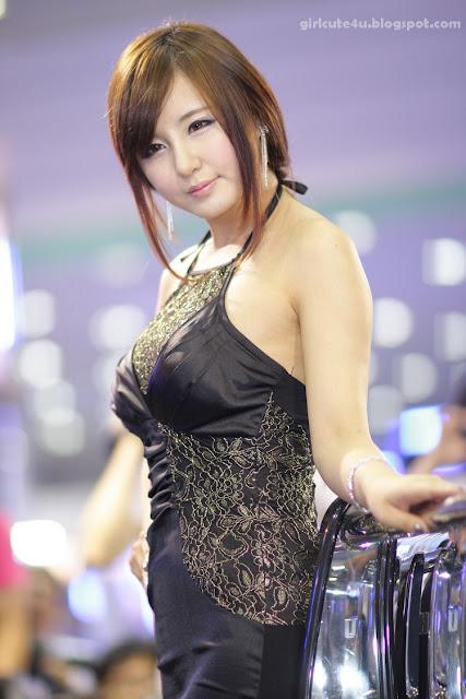 9 Ryu Ji Hye-Seoul Auto Salon 2011-very cute asian girl-girlcute4u.blogspot.com