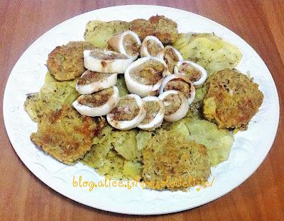 calamari ripieni con patate al forno e frittelle di patate