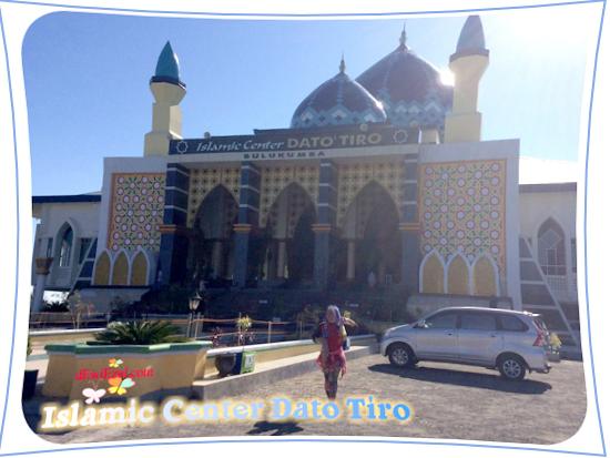 masjid bagus warna biru di Bulukumba sulsel