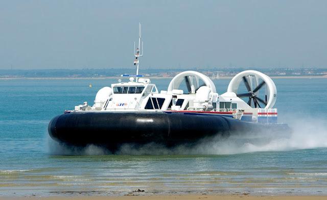 Alat Transportasi Hovercraft 05