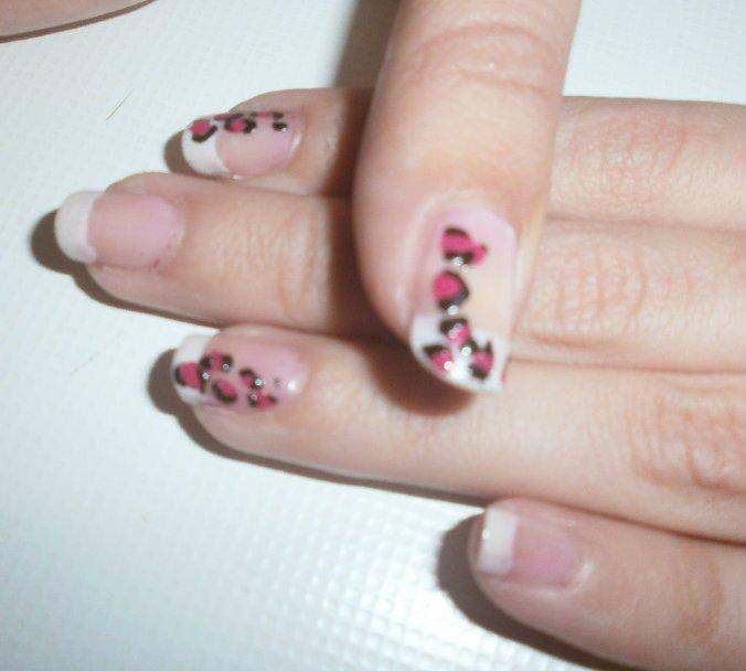 U as divertidas manicura francesa leopardo rosa for Entradas francesas faciles