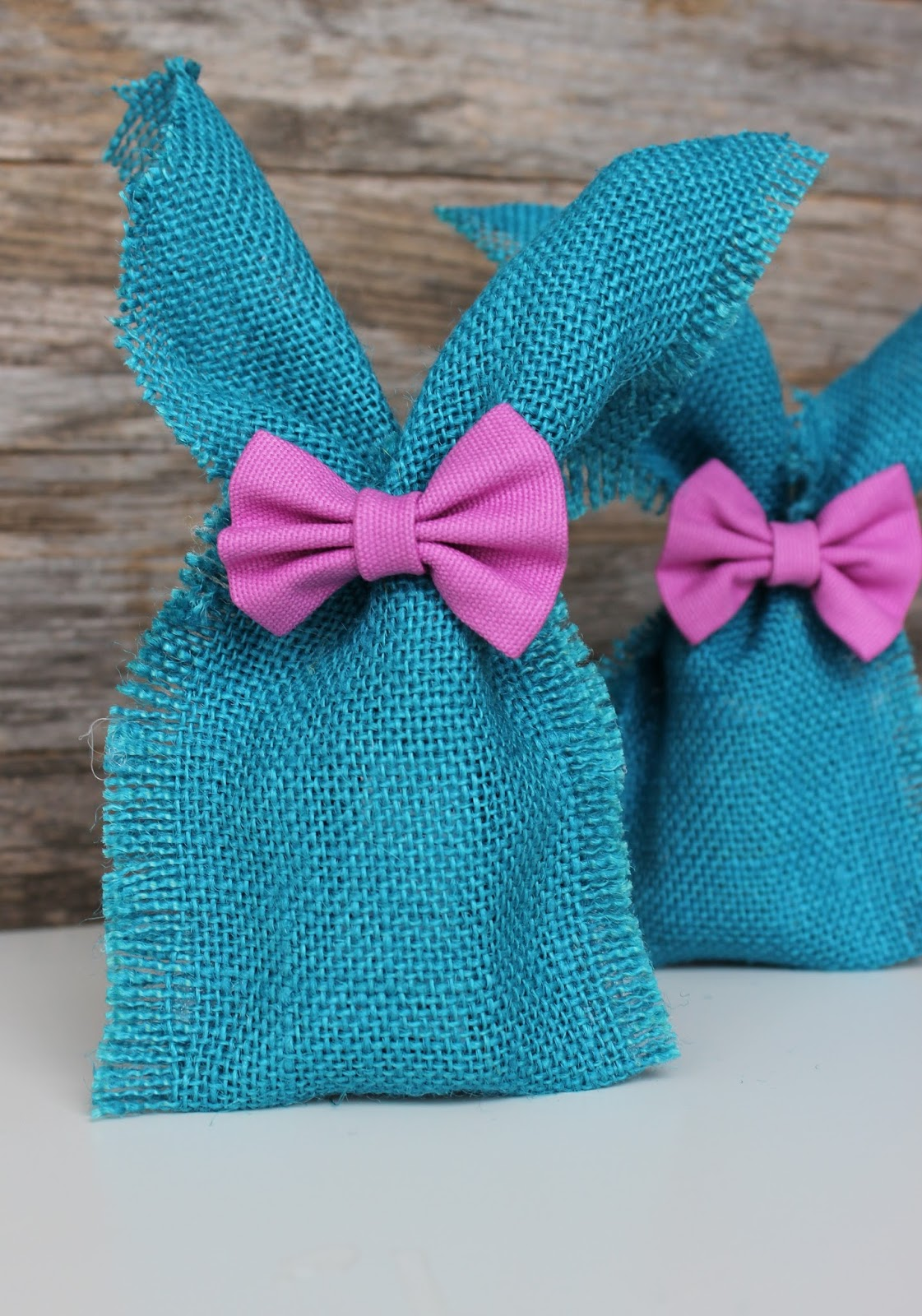 DIY Easter Ideas: No-Sew Burlap Bunny Ear Gift Bags