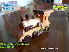 Miniatur Kayu Kereta Api