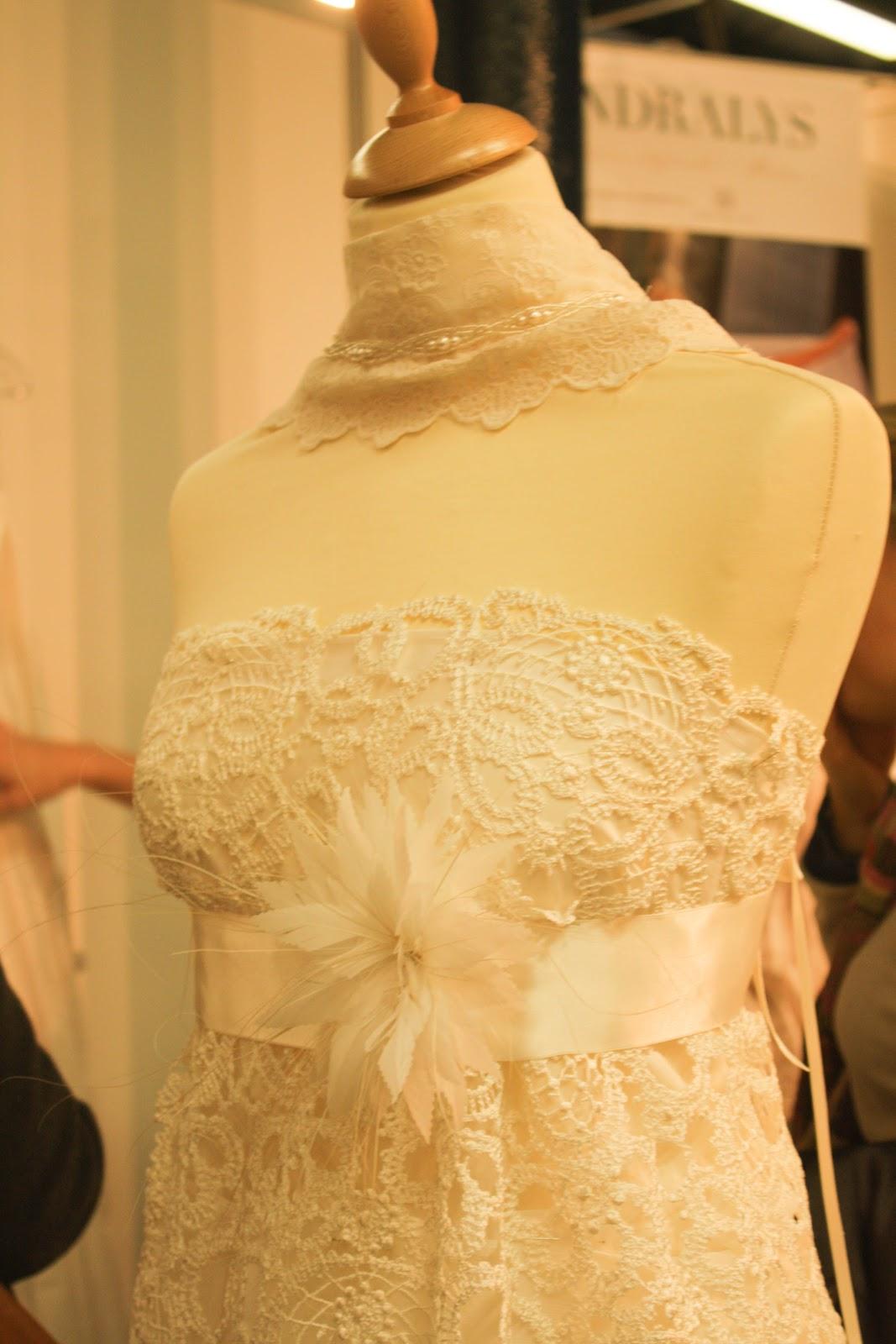 robes de mari e bordeaux gironde aquitaine robe de mari e hippie chic au salon du mariage. Black Bedroom Furniture Sets. Home Design Ideas
