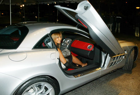 DCGoldCA: Beyonce and Jay-Z in a Maybach 62S and Mclaren SLR
