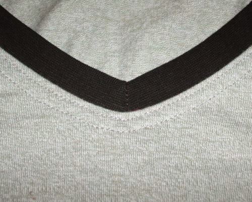 topstitching around a vee neckband