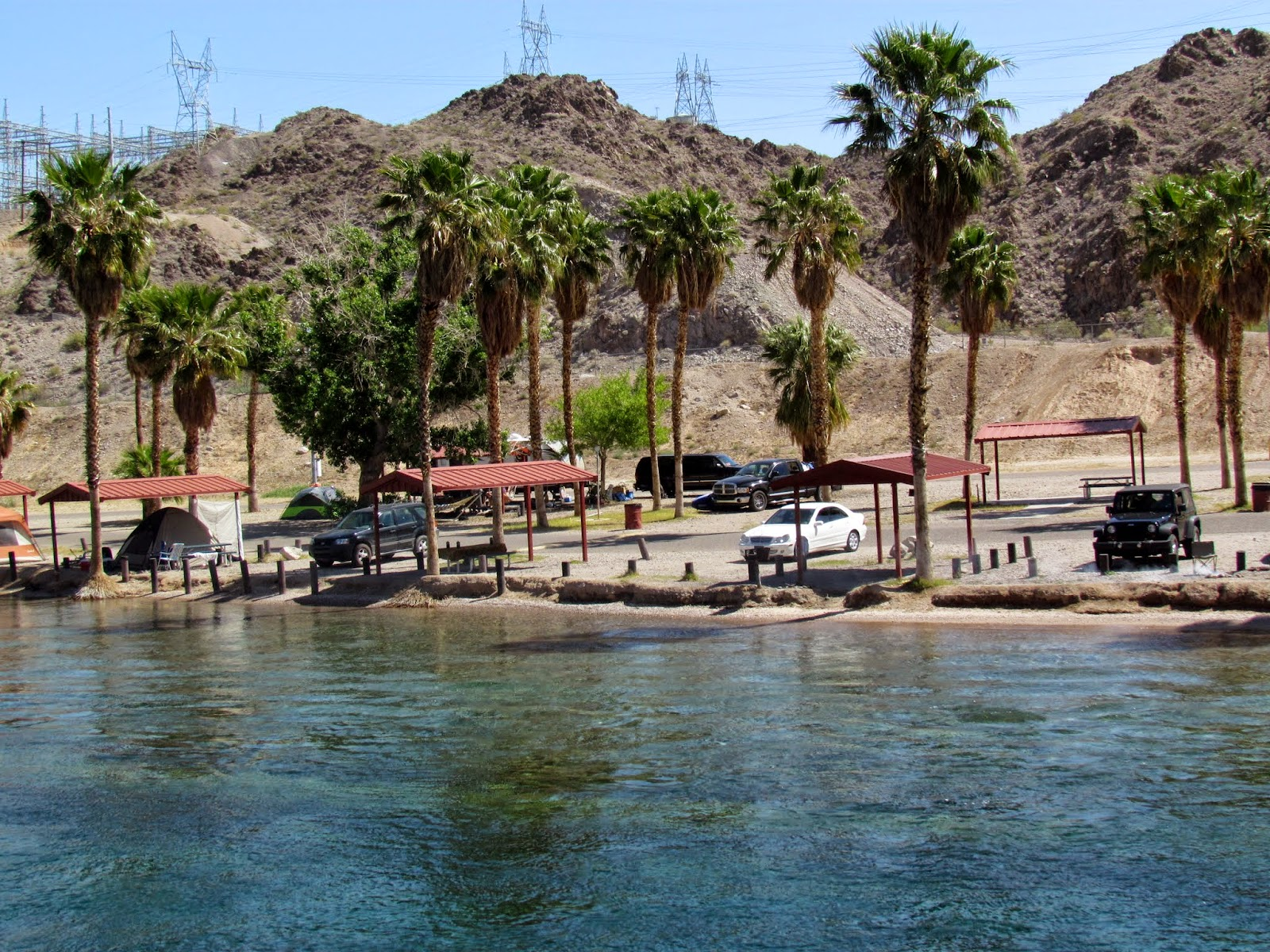 Roving reports by doug p 2015 5 laughlin nevada to blythe for Laughlin camping cabins