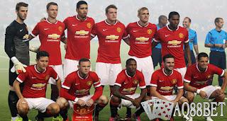 Liputan Bola - Manchester United selangkah lagi mendapatkan Morgan Schneiderlin dari Southampton. Jika lolos tes medis, Schneiderlin sudah bisa diperkenalkan sebagai pemain anyar Manchester United.