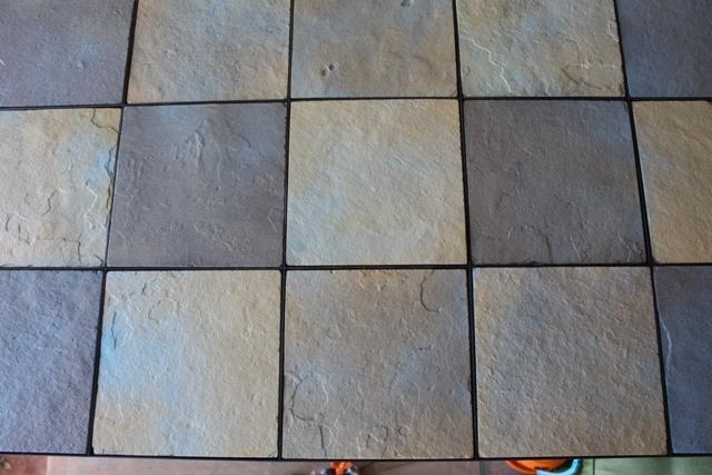 Ceramic tile edging