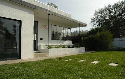 Modern homes los angeles mid century modern open house for Mid century modern homes los angeles