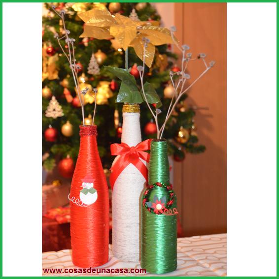 Cosas de una casa botellas decoradas de navidad for Centro mesa navidad manualidades