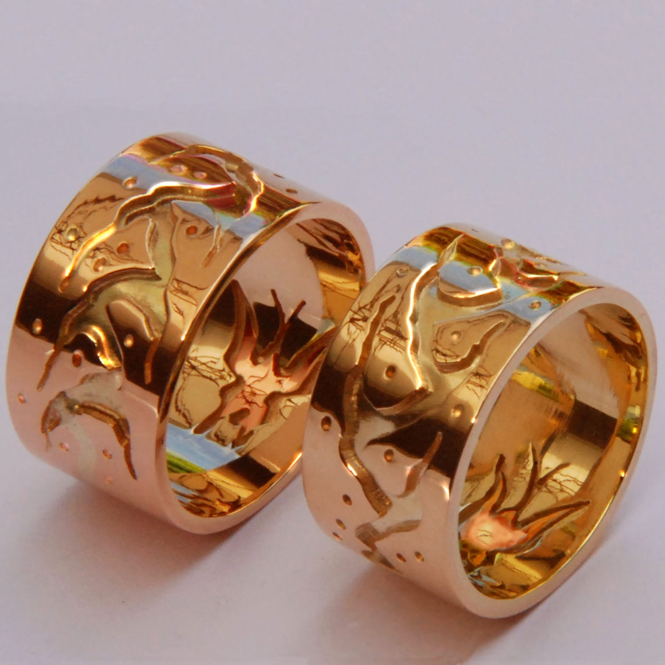 Ojibwe-style wedding rings designed by Zhaawanart Fisher star Creations