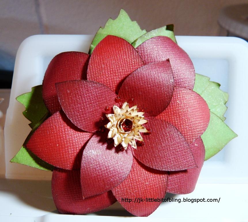 A Little Bit Of Bling: Cricut Flower Shoppe Poinsettia