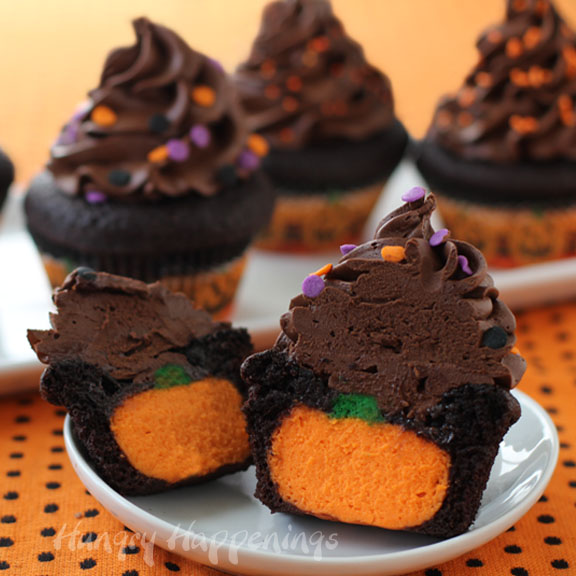 The ultimate chocolate cupcake stuffed with a CHEESECAKE pumpkin ...