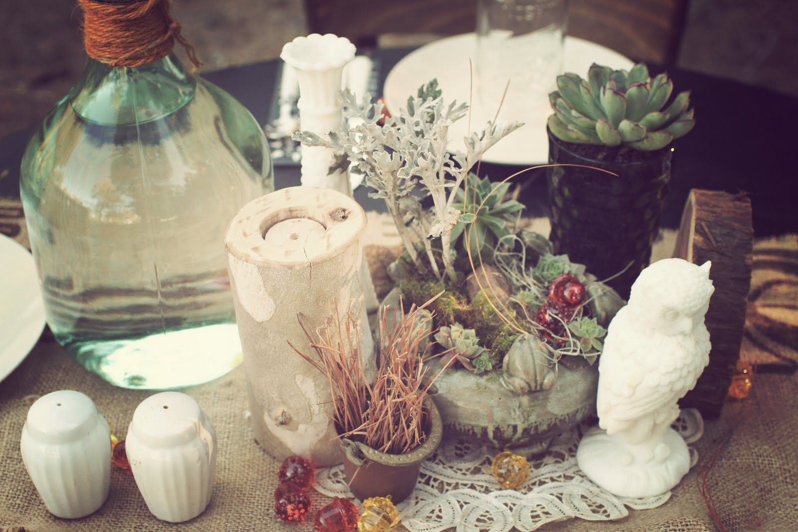 Real Wedding: Caitlin And Josh\'s Dreamy DIY Enchanted Forest ...