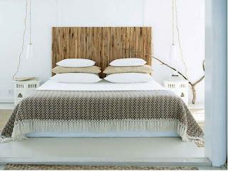 cabeira de cama com canas bambu