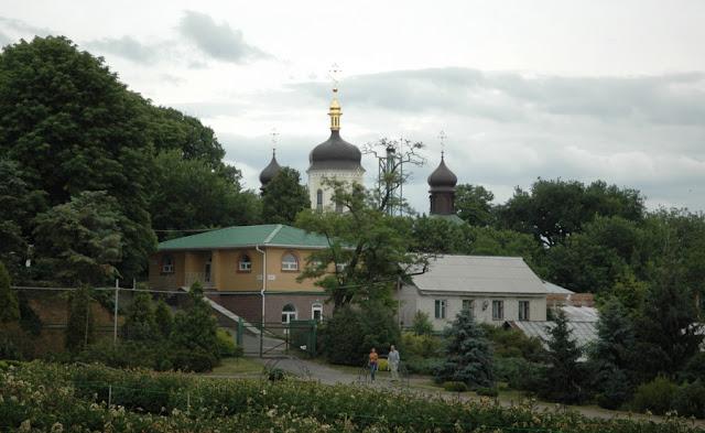 Свято-Троицкий Ионинский монастырь, Киев