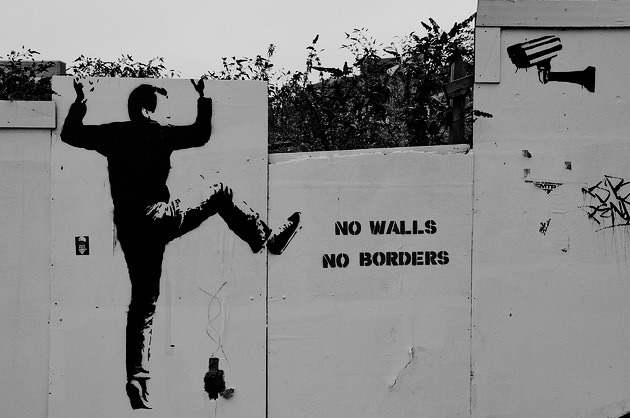 MAKE ART NOT WALLS