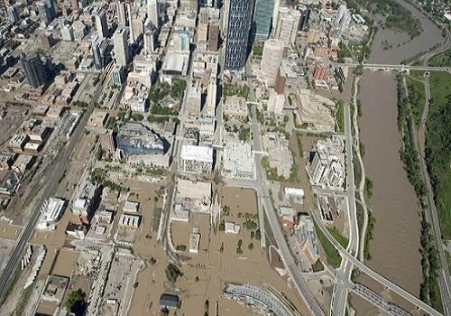 Calgary_flood_2013_aerial_view