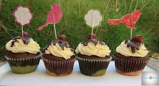http://cecilecupcakecafe.blogspot.de/2013/08/donauwellen-cupcakes.html