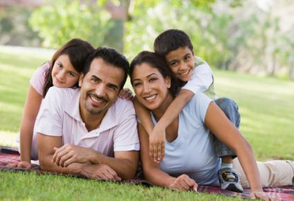 كيف تستمتعى بالعطلات والاعياد مع عائلتك - عائلة سعيدة - family-holiday - vacation