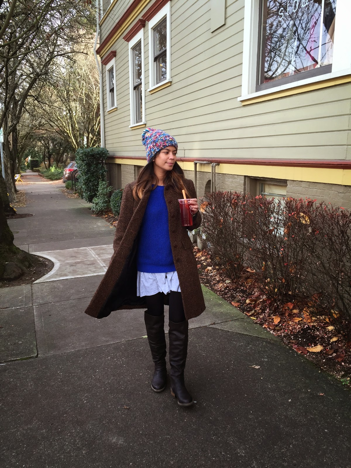 over the knee boots, thigh high boots, ptowngirls, portland blogger, fashion blogger, affordable fashion, the story of, forever 21, blue sweater, shoe dazzle, brown coat, street style