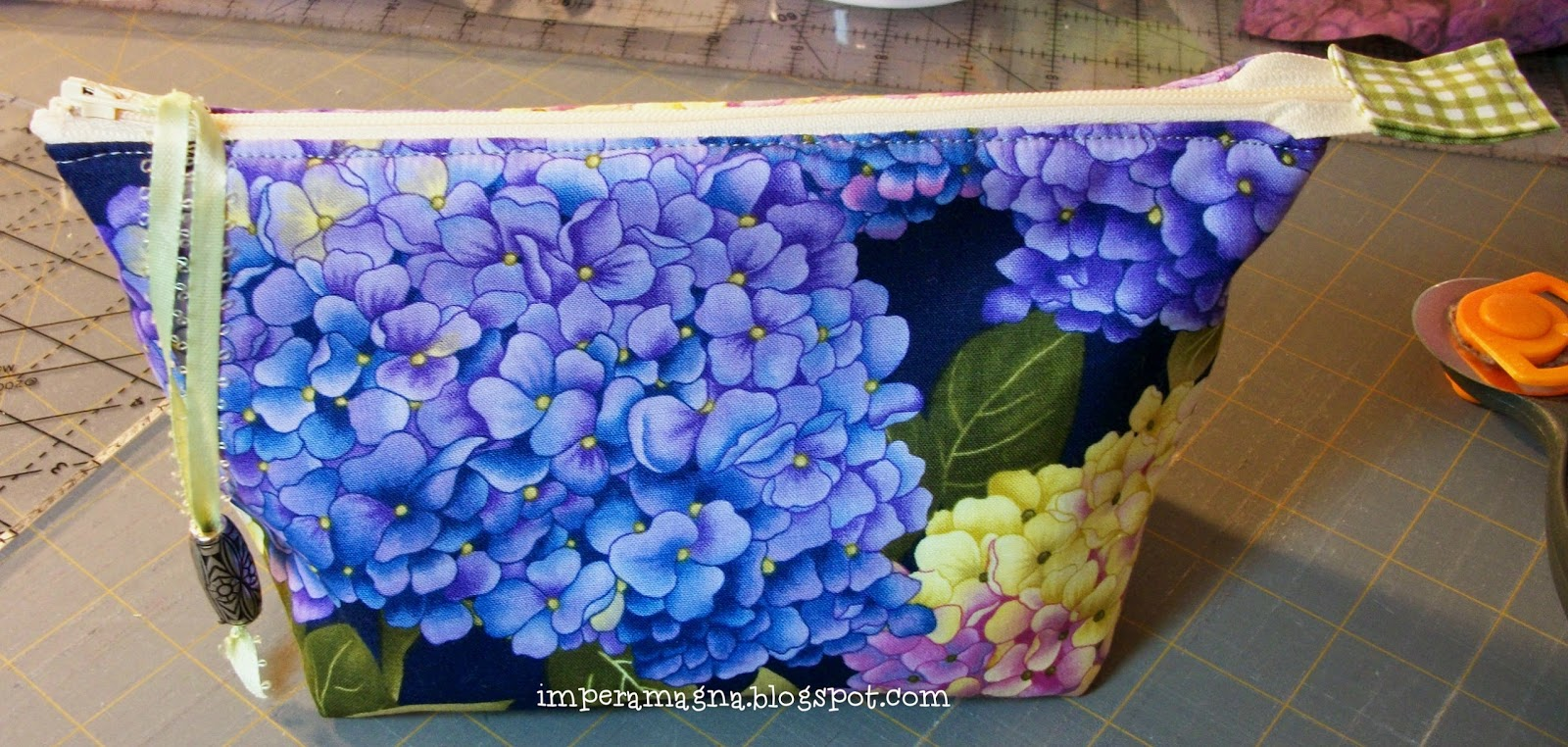 The Adventures of the Empress of the Universe: Zipper Pouch / Bag, v.8 : hydrangea quilt fabric - Adamdwight.com