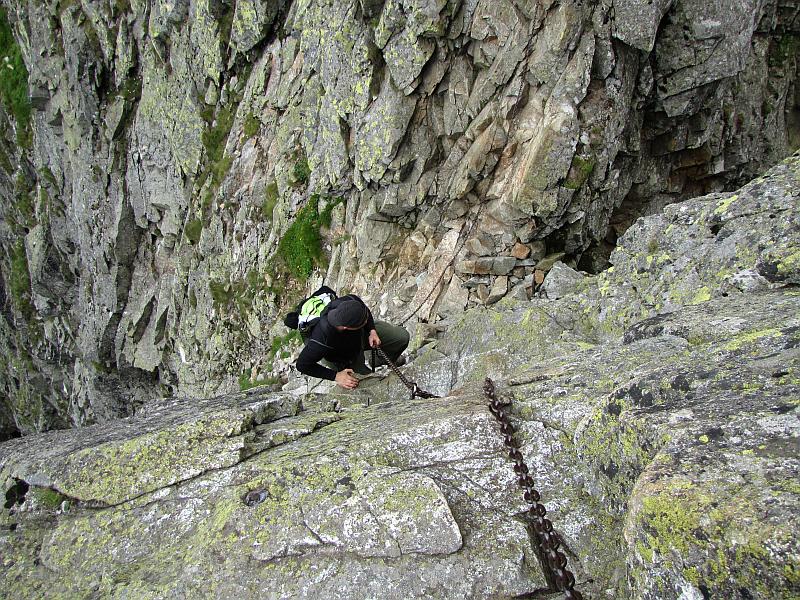 Początek wspinaczki na Kozi Wierch. W dole widać Kozią Przełęcz Wyżnią.