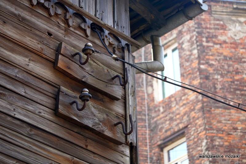 Warszawa Warsaw Praga północ drewniany budynek zabytek