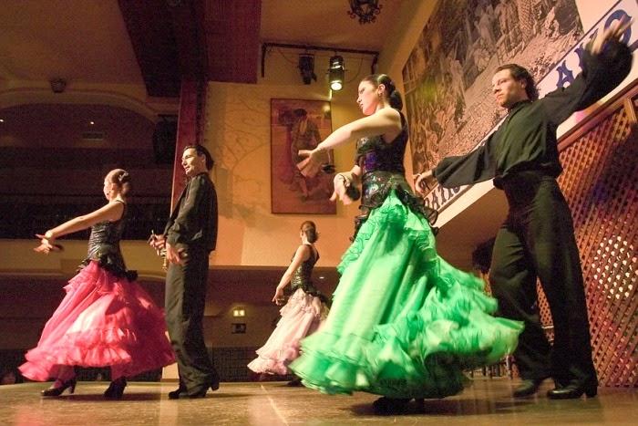 El Patio Sevillano Palos Del Flamenco Fandango