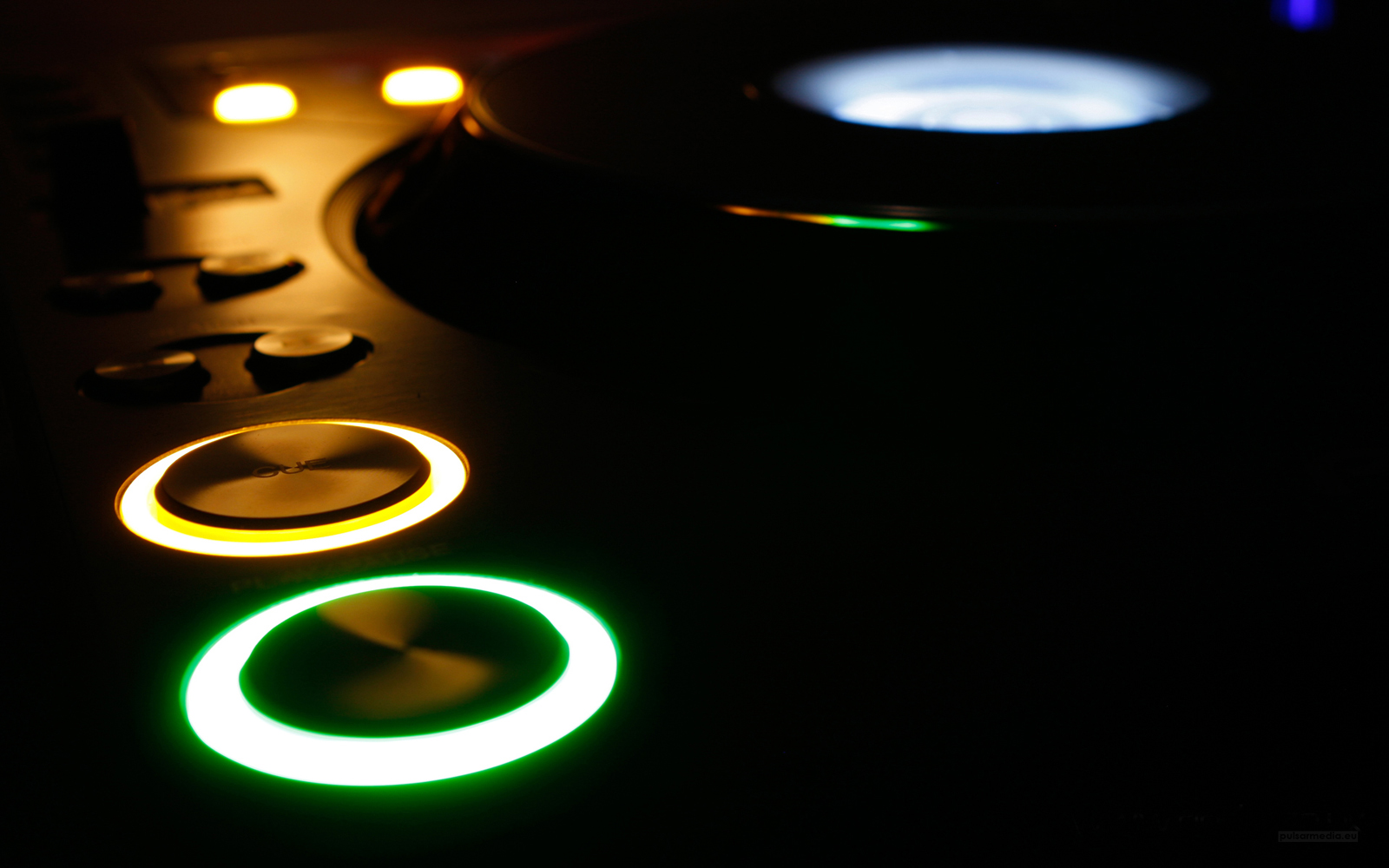 http://4.bp.blogspot.com/-hiiqtdHK5s8/Too8HRo7ltI/AAAAAAAABdc/dc05HHngPzo/s1600/Music_DJs_Dark_Turntable_Vinyl_HD_Wallpapers_Vvallpaper.net.jpg