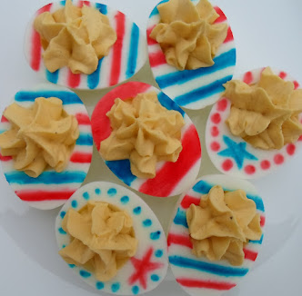 patriotic deviled eggs-2 RW&B ideas