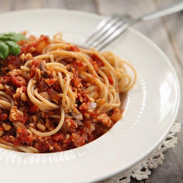 vegetarian tomato sauce tempeh