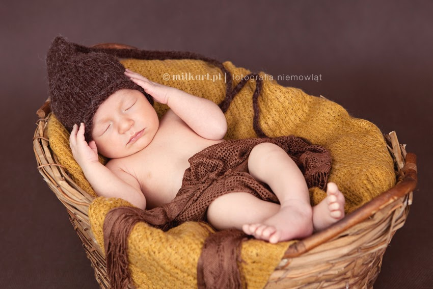 fotografia niemowlęca, sesje zdjęciowe niemowląt, fotograf dziecięcy, sesja zdjęciowa na chrzciny, studio fotograficzne wielkopolska