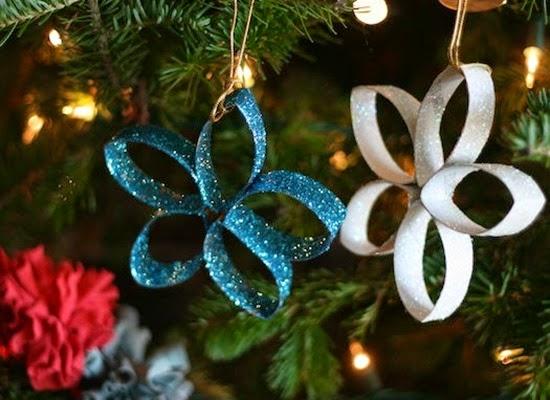 Estrellas de Navidad con Materiales Reciclados