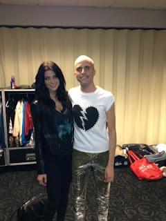 Ashley Greene no Show de Marron 5 e do Neon Trees 2013