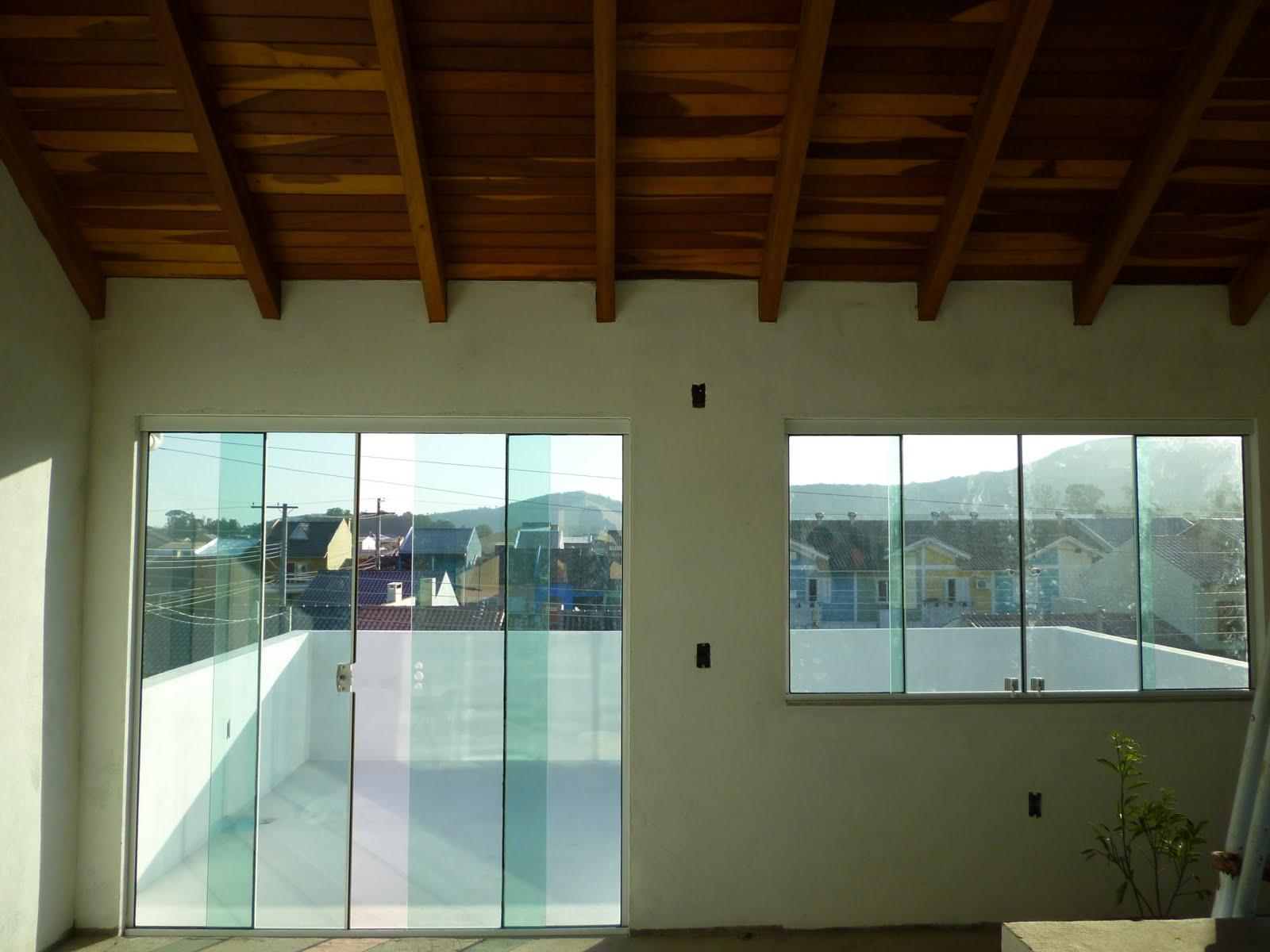 #5A3E10  Soluções em vidros: Portas e janelas em vidro temperado Verde 588 Janelas Em Madeira Para Quarto